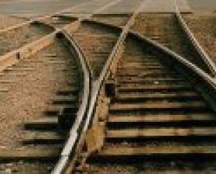 Реконструкция участка железной дороги Хасан (РФ)  Раджин (КНДР) идет полным холдом