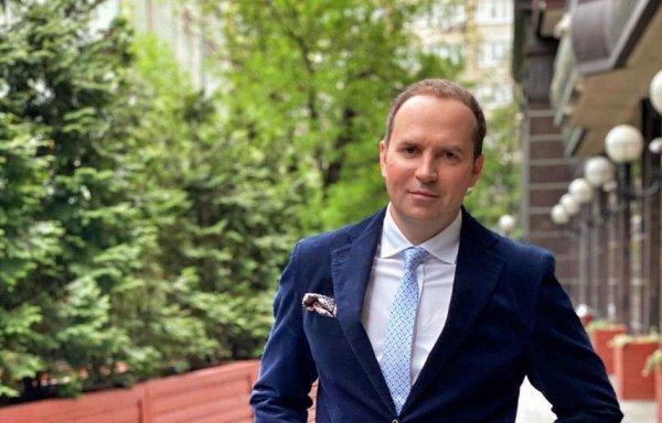 Соловьев поставил под сомнение правомерность видеообращения Ефремова