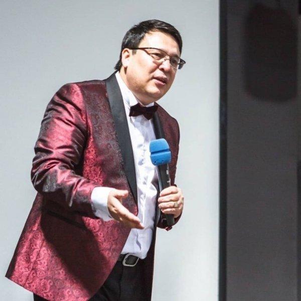 Малахов рассказал об изнасилованиях на женских тренингах «свадебного короля» Байгужина