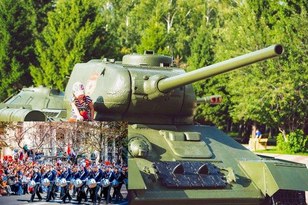 На параде в Севастополе танк поехал в сторону людей, но вовремя остановился