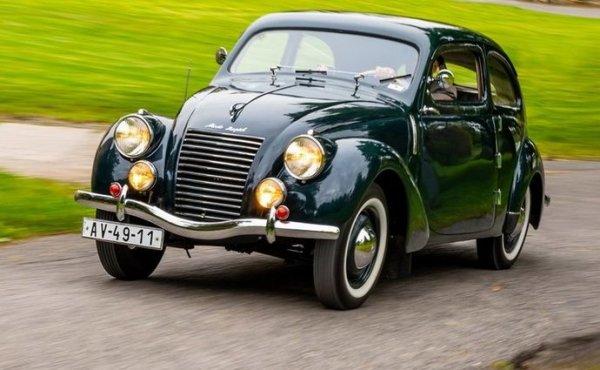 Чешский автомобилист показал свой Skoda Rapid 1940 года